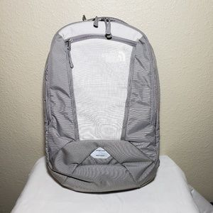 NWOT THE NORTH FACE MICROBYTE Backpack Light Grey